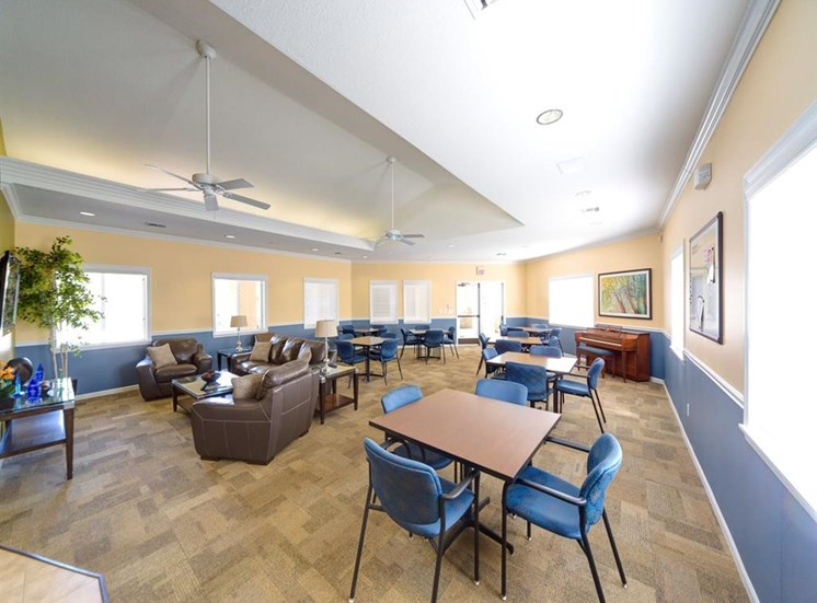 Clubhouse Lounge With Cafe Style Seating at Holly Cove Apartments, Orange Park