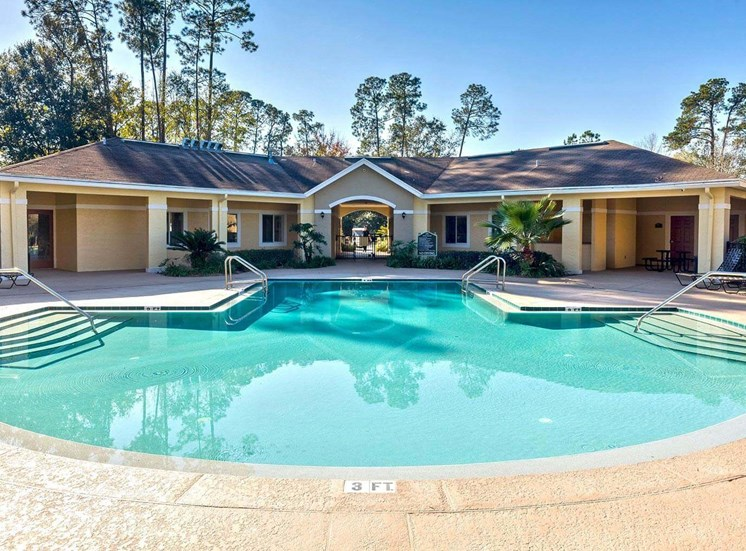 Swimming Pool And Relaxing Area at Holly Cove Apartments, Florida, 32073