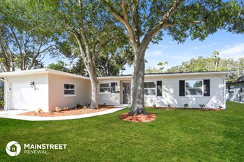 2053 Barcelona Dr S 4 Beds House for Rent Photo Gallery 1