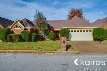 6776 Castlegate Ln 3 Beds House for Rent Photo Gallery 1
