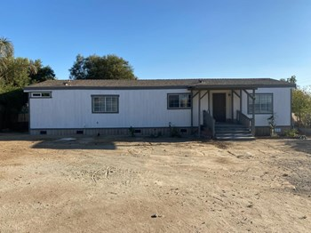 27177 Lemon Ave. 3 Beds House for Rent Photo Gallery 1