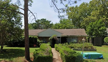 104 South Lois Lane 4 Beds House for Rent Photo Gallery 1