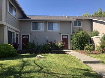 2140 Woolner Avenue 3 Beds Apartment for Rent Photo Gallery 1