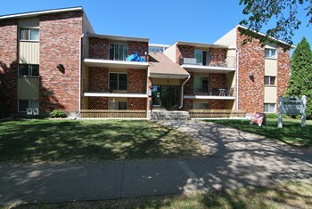 10830 107 Street Northwest 1-2 Beds Apartment for Rent Photo Gallery 1