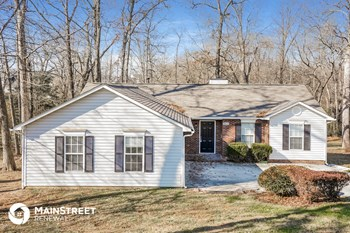 3900 Landover Dr 3 Beds House for Rent Photo Gallery 1