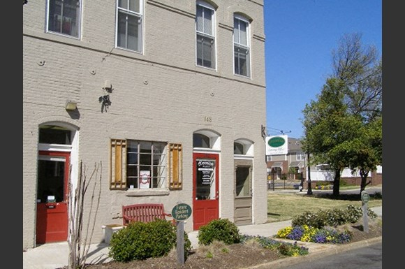 The Metropolitan & Greenlaw Place Apartments on united states house plans, united kingdom house plans, smith house plans, hume house plans, tennessee house plans, hamilton house plans, alexandria house plans, preston house plans, eighteenth century house plans, wick house plans,