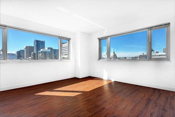 1190 Mission Street Studio Apartment for Rent Photo Gallery 1