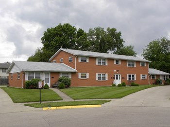 143 Skokiaan Drive 2 Beds Apartment for Rent Photo Gallery 1