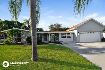 220 S VENICE BLVD 3 Beds House for Rent Photo Gallery 1