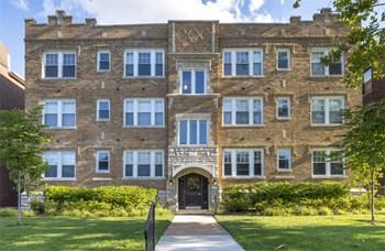 6152 Waterman Studio Apartment for Rent Photo Gallery 1