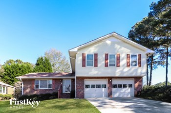 2145 Pine Point Dr 4 Beds House for Rent Photo Gallery 1