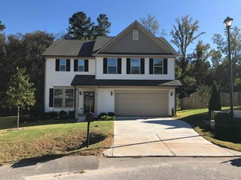 85 Standing Oaks Lane 3 Beds House for Rent Photo Gallery 1