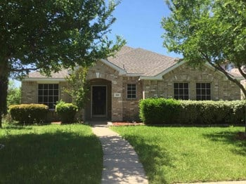 105 Clover Leaf Ln 3 Beds House for Rent Photo Gallery 1