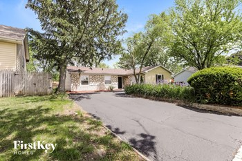 116 Delaware Dr 3 Beds House for Rent Photo Gallery 1