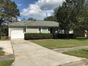 141 Ponderosa Dr 3 Beds House for Rent Photo Gallery 1