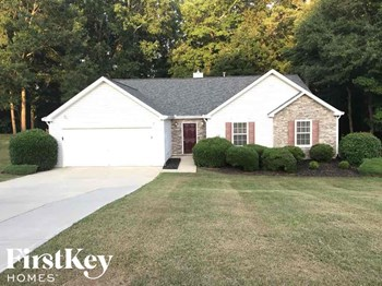 272 Windriver Trail 4 Beds House for Rent Photo Gallery 1