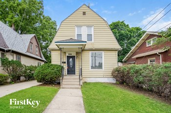 306 S Liberty St 2 Beds House for Rent Photo Gallery 1