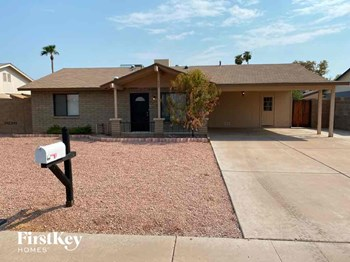425 E Julie Dr 3 Beds House for Rent Photo Gallery 1