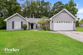 547 N Cedar Ct 4 Beds House for Rent Photo Gallery 1