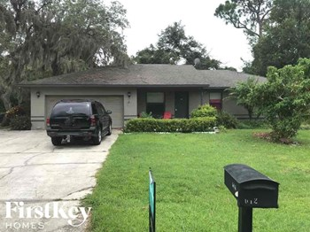 612 Kings Ln SW 3 Beds House for Rent Photo Gallery 1