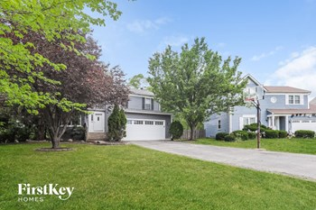 942 Carriage Ct 3 Beds House for Rent Photo Gallery 1