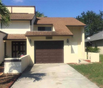 1288 The 12Th Fairway 3 Beds House for Rent Photo Gallery 1