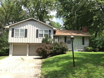 13513 Bennington Ave 3 Beds House for Rent Photo Gallery 1