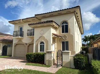 15617 Sw 13 Terrace 5 Beds House for Rent Photo Gallery 1