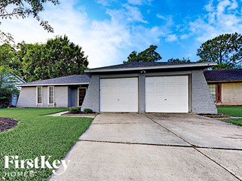 16310 Forest Bend Ave 3 Beds House for Rent Photo Gallery 1