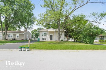 16818 Hobart Ave 3 Beds House for Rent Photo Gallery 1