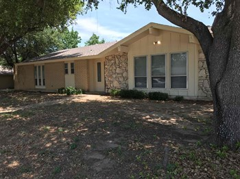 1700 Brown Trl 3 Beds House for Rent Photo Gallery 1