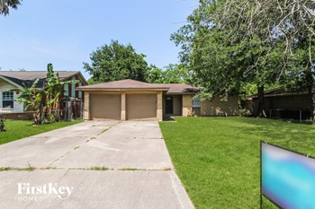 17115 WOODBURN DR 3 Beds House for Rent Photo Gallery 1