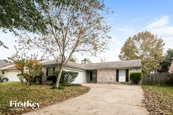 18062 Green Hazel Drive 3 Beds House for Rent Photo Gallery 1