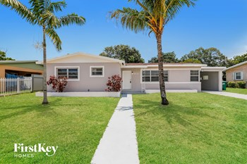 1820 NW 188Th Ter 5 Beds House for Rent Photo Gallery 1