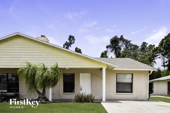 18500 Miami Blvd 2 Beds House for Rent Photo Gallery 1