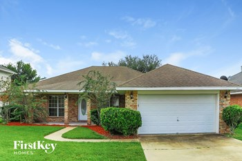 1913 Firefly Dr 5 Beds House for Rent Photo Gallery 1