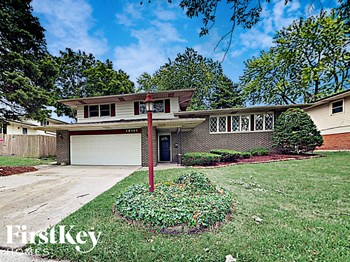 19141 Greenbay Ave 3 Beds House for Rent Photo Gallery 1