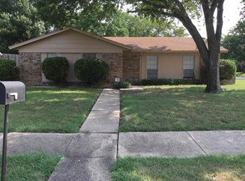 1933 Whitney Drive 4 Beds House for Rent Photo Gallery 1