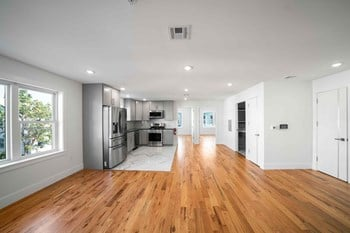 859 Main St 2 Beds Apartment for Rent Photo Gallery 1