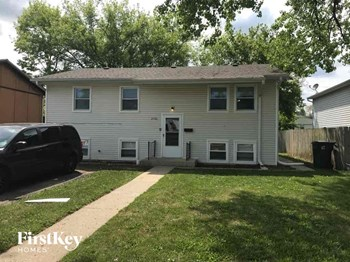 2106 Lewis Ave. 5 Beds House for Rent Photo Gallery 1