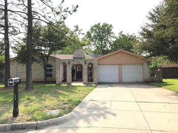2259 Shady Brook Dr 3 Beds House for Rent Photo Gallery 1