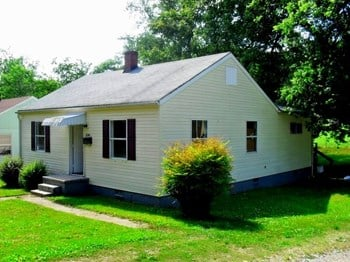 2141 Seminole Avenue 4 Beds House for Rent Photo Gallery 1