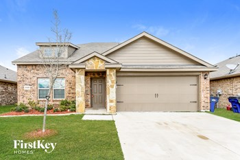 2429 Hankinson Lane 4 Beds House for Rent Photo Gallery 1