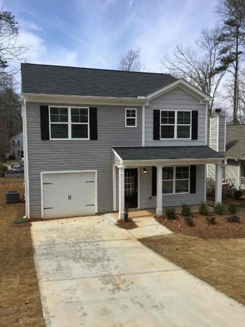 2520 Belaire Dr 3 Beds House for Rent Photo Gallery 1