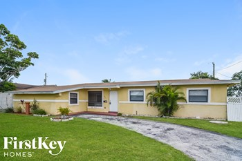 2851 NW 184Th St 3 Beds House for Rent Photo Gallery 1
