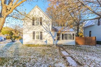 2901 Ezekiel 3 Beds House for Rent Photo Gallery 1