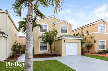3310 Indian Key Blvd 3 Beds House for Rent Photo Gallery 1