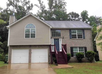 3568 Oakshire Way Se 3 Beds House for Rent Photo Gallery 1