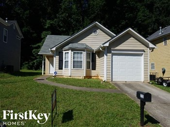 3733 Oakwood Manor 3 Beds House for Rent Photo Gallery 1