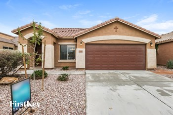 3749 W White Canyon Rd 3 Beds House for Rent Photo Gallery 1